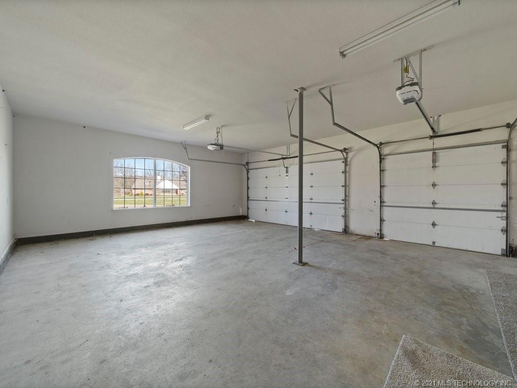Off Market | 865 N Country Meadow Lane Skiatook, Oklahoma 74070 30