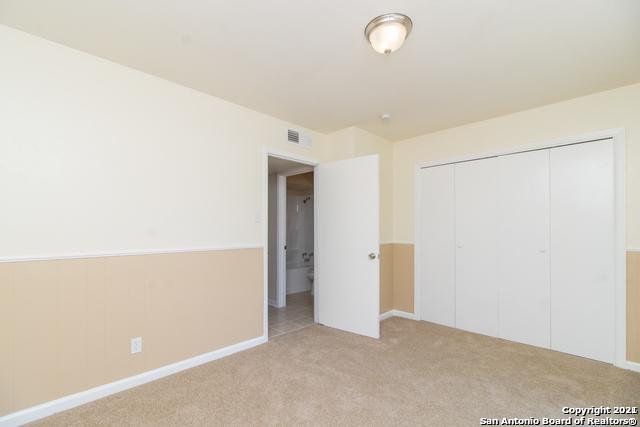 Pending SB | 170 DE CHANTLE RD #801 San Antonio, TX 78201 13