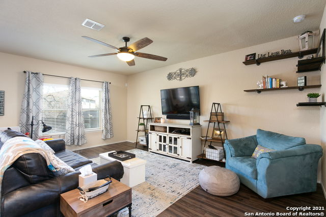 Off Market   8222 Recio Oak San Antonio, TX 78223 4