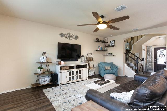 Off Market   8222 Recio Oak San Antonio, TX 78223 5