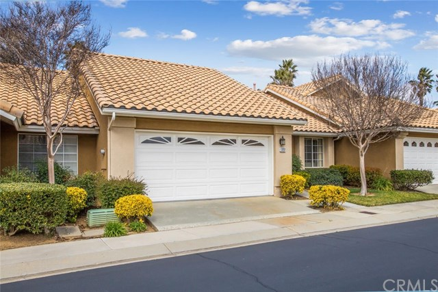 Pending | 855 Hogan Avenue Banning, CA 92220 2
