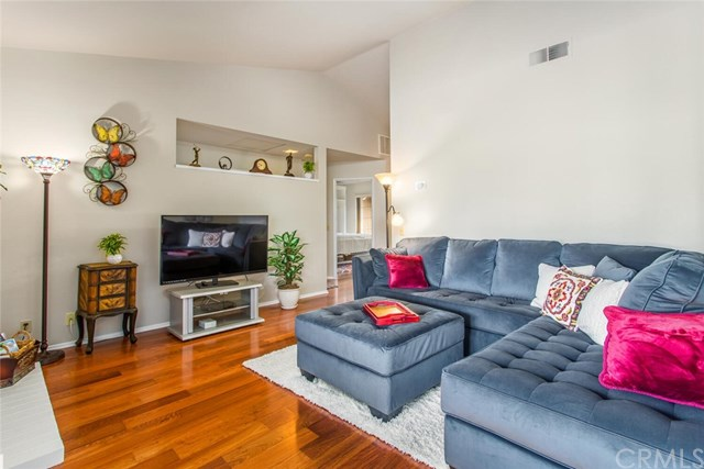 Pending | 855 Hogan Avenue Banning, CA 92220 5