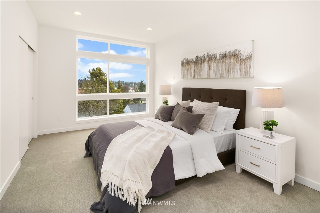 Sold Property | 9201 Linden Avenue N #F Seattle, WA 98103 10
