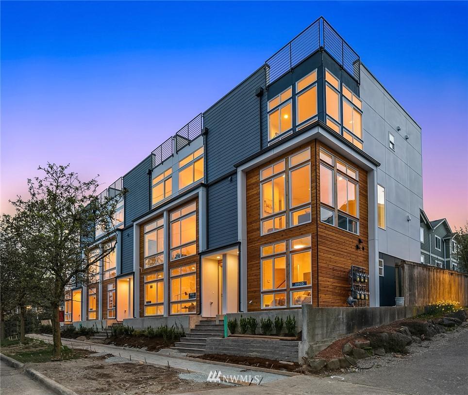 Sold Property | 9201 Linden Avenue N #F Seattle, WA 98103 28