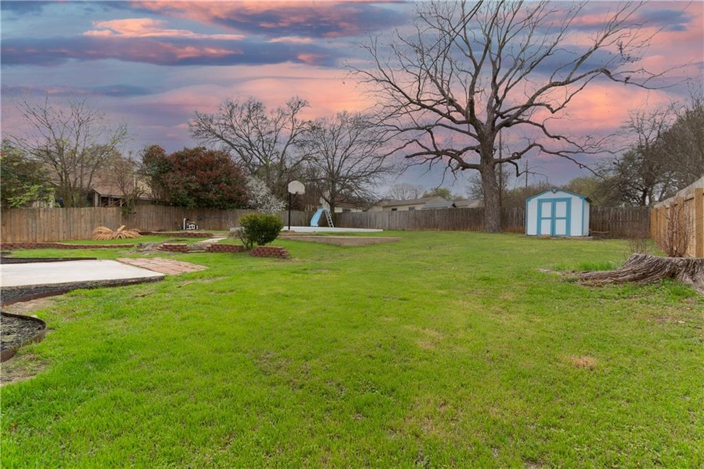 Closed | 12902 Silver Creek Drive Austin, TX 78727 16