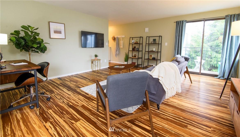 Sold Property | 10106 Greenwood Avenue N #202 Seattle, WA 98133 1