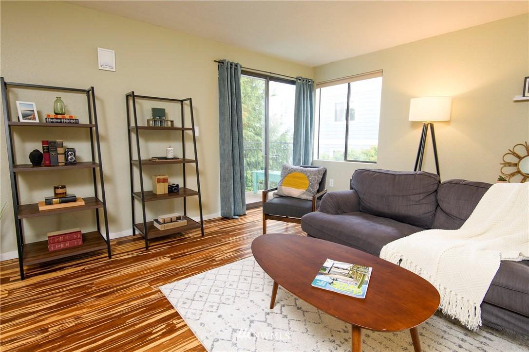 Sold Property | 10106 Greenwood Avenue N #202 Seattle, WA 98133 2