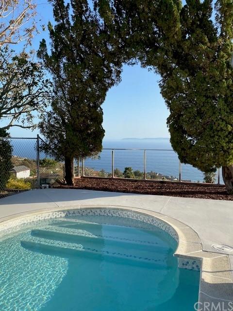 Pending   30481 Ganado Drive Rancho Palos Verdes, CA 90275 38