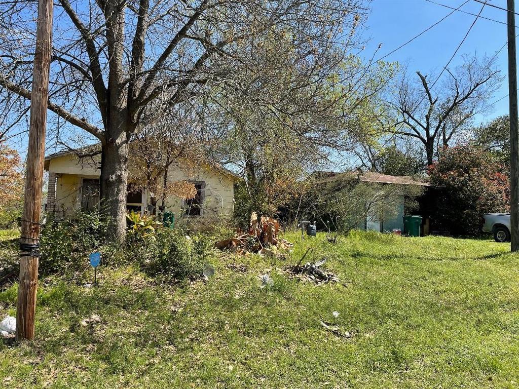 Option Pending | 506 N Thomason Street Willis, Texas 77378 2