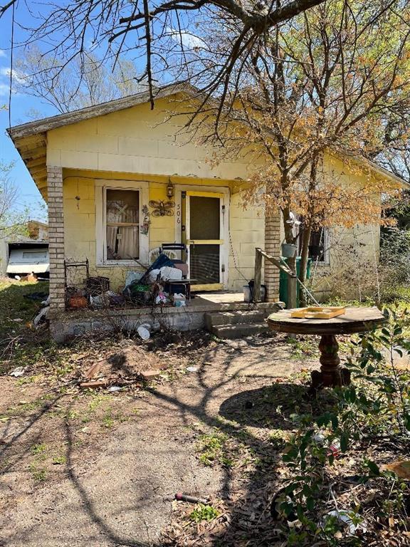 Option Pending | 506 N Thomason Street Willis, Texas 77378 3