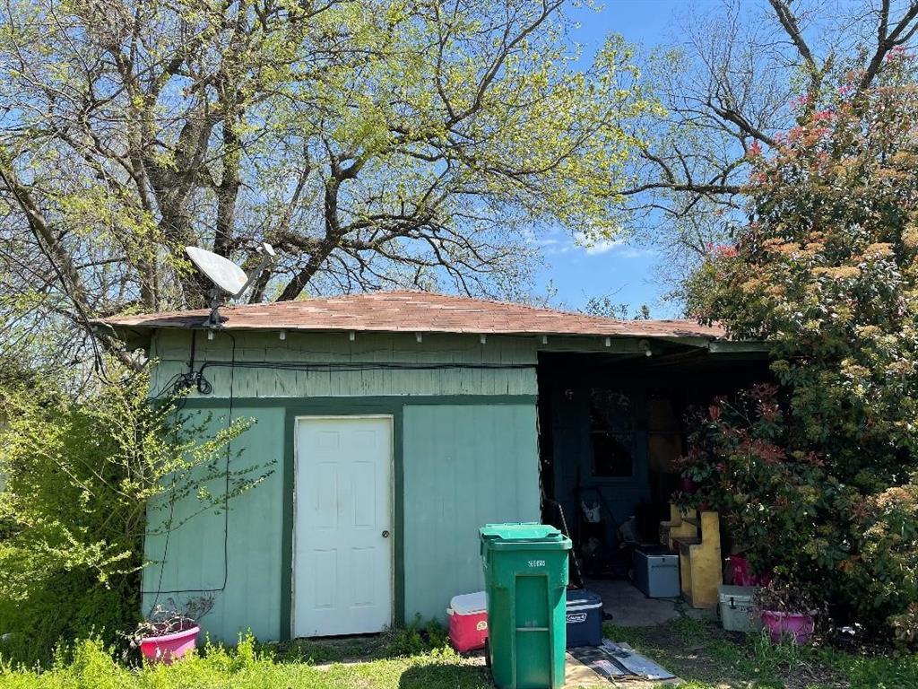 Option Pending | 506 N Thomason Street Willis, Texas 77378 9