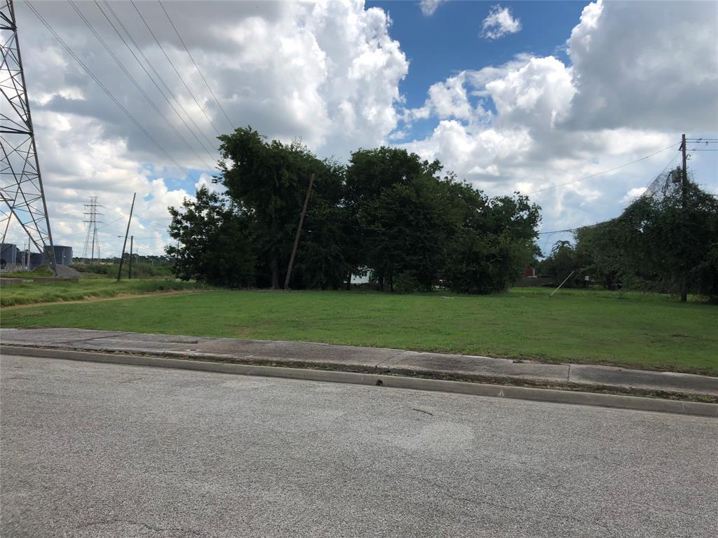 Off Market   0 Harbor St Street Baytown, Texas 77520 1