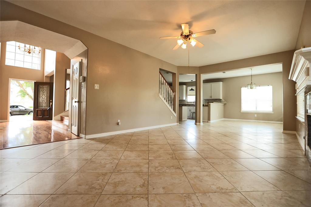 Active   12214 Lakewood Valley Court Cypress, Texas 77429 1