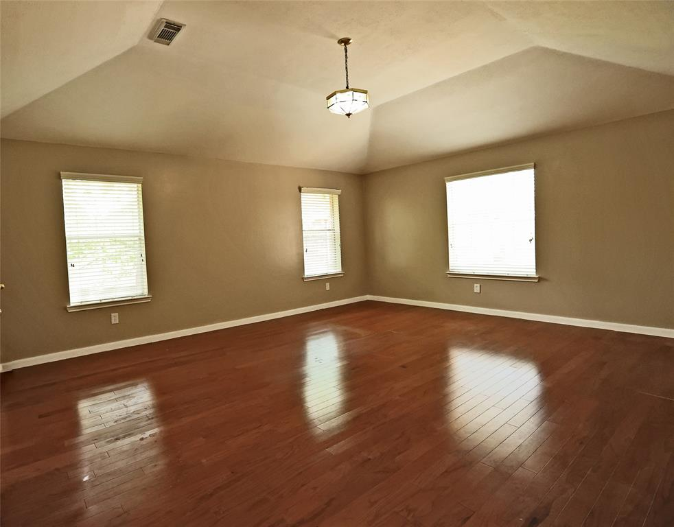Active   12214 Lakewood Valley Court Cypress, Texas 77429 4
