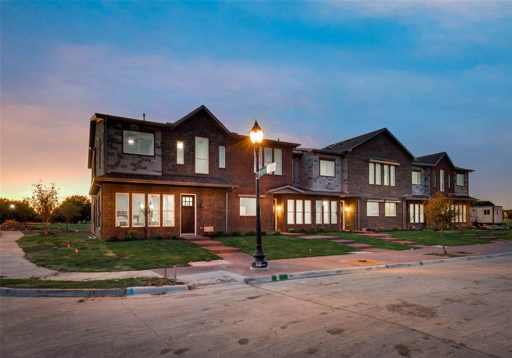 Active   5871 Rivendell Drive Frisco, Texas 75035 1