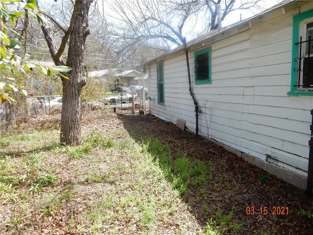 Active   1226 Eleanor Street Austin, TX 78721 15