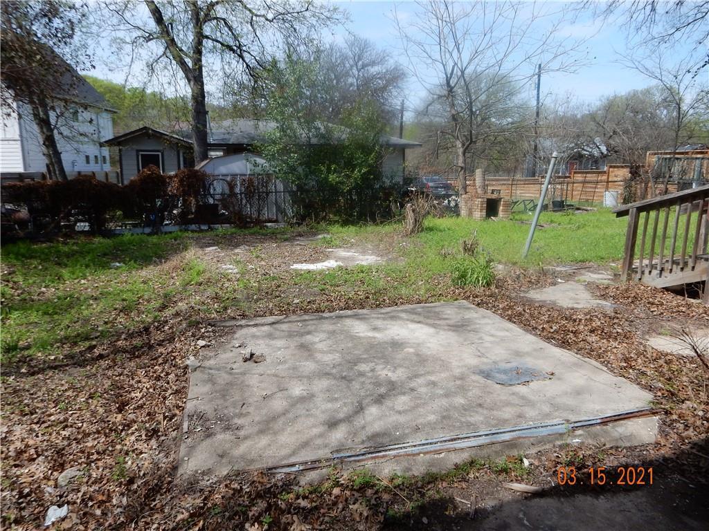 Active   1226 Eleanor Street Austin, TX 78721 27