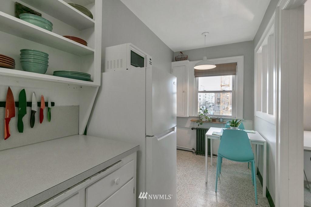 Sold Property | 4725 15th Avenue NE #27 Seattle, WA 98105 7