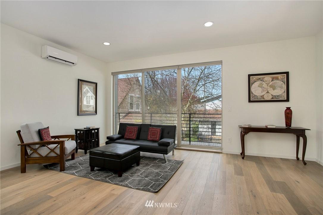 Sold Property   708 S Orcas Street Seattle, WA 98108 6