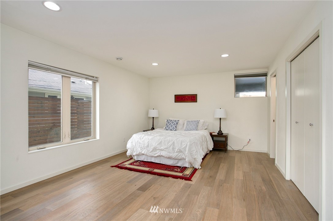 Sold Property   708 S Orcas Street Seattle, WA 98108 22