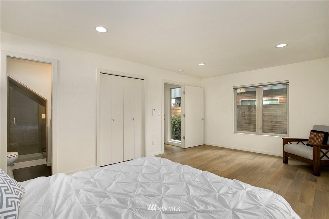 Sold Property   708 S Orcas Street Seattle, WA 98108 23