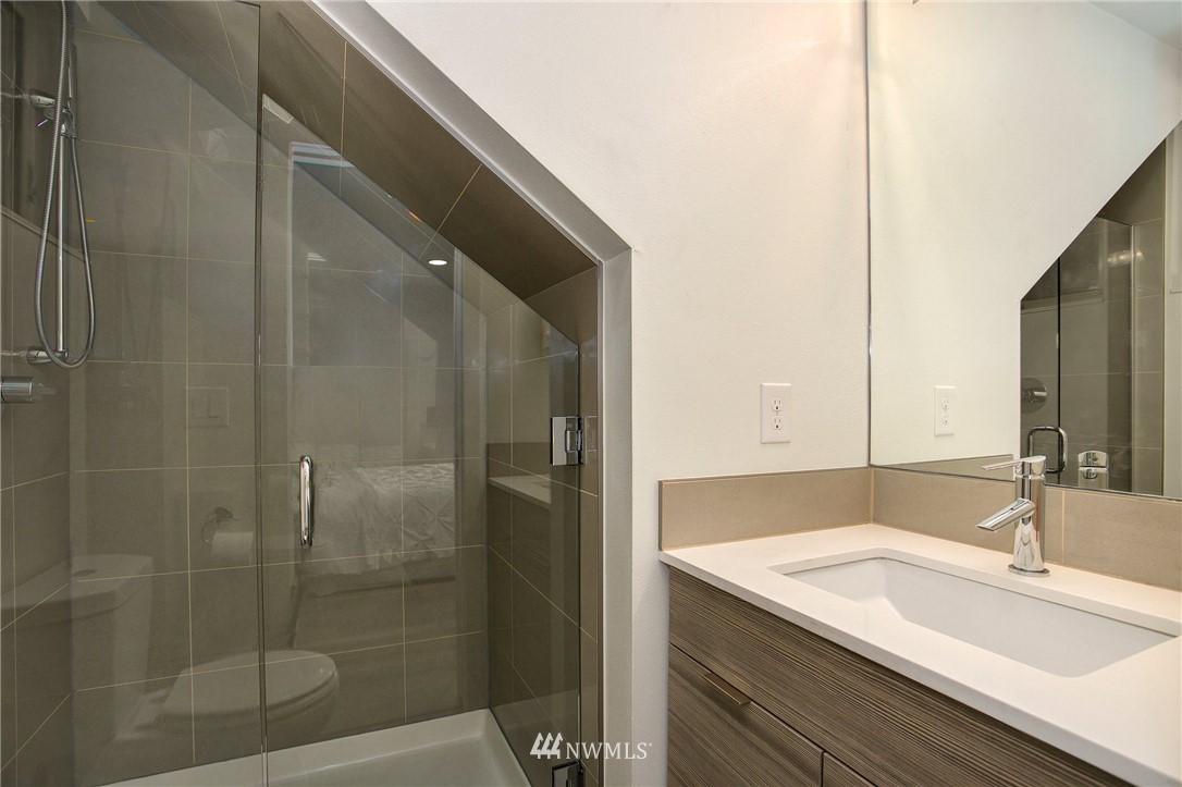 Sold Property   708 S Orcas Street Seattle, WA 98108 24