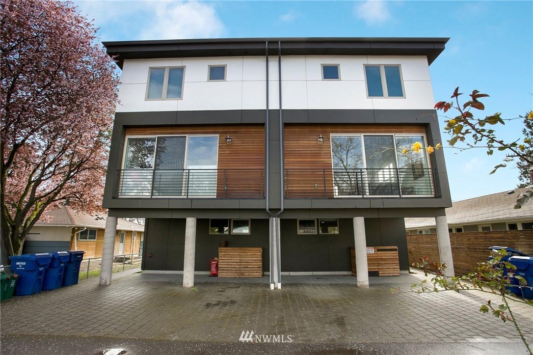 Sold Property   708 S Orcas Street Seattle, WA 98108 25