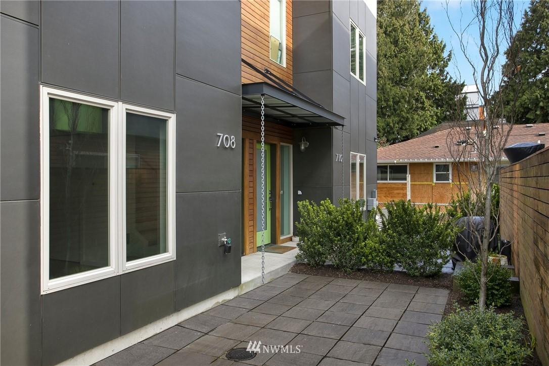 Sold Property   708 S Orcas Street Seattle, WA 98108 28