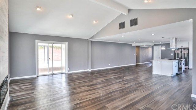 Closed | 13612 Loumont Street Whittier, CA 90601 16