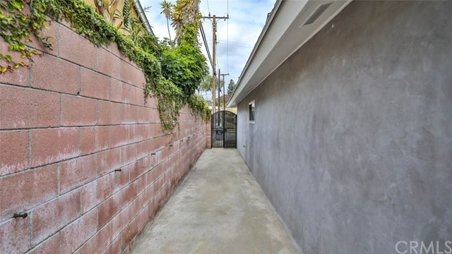 Closed | 13612 Loumont Street Whittier, CA 90601 38