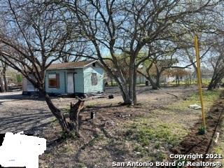 Pending | 606 N SAN EDUARDO AVE San Antonio, TX 78228 0