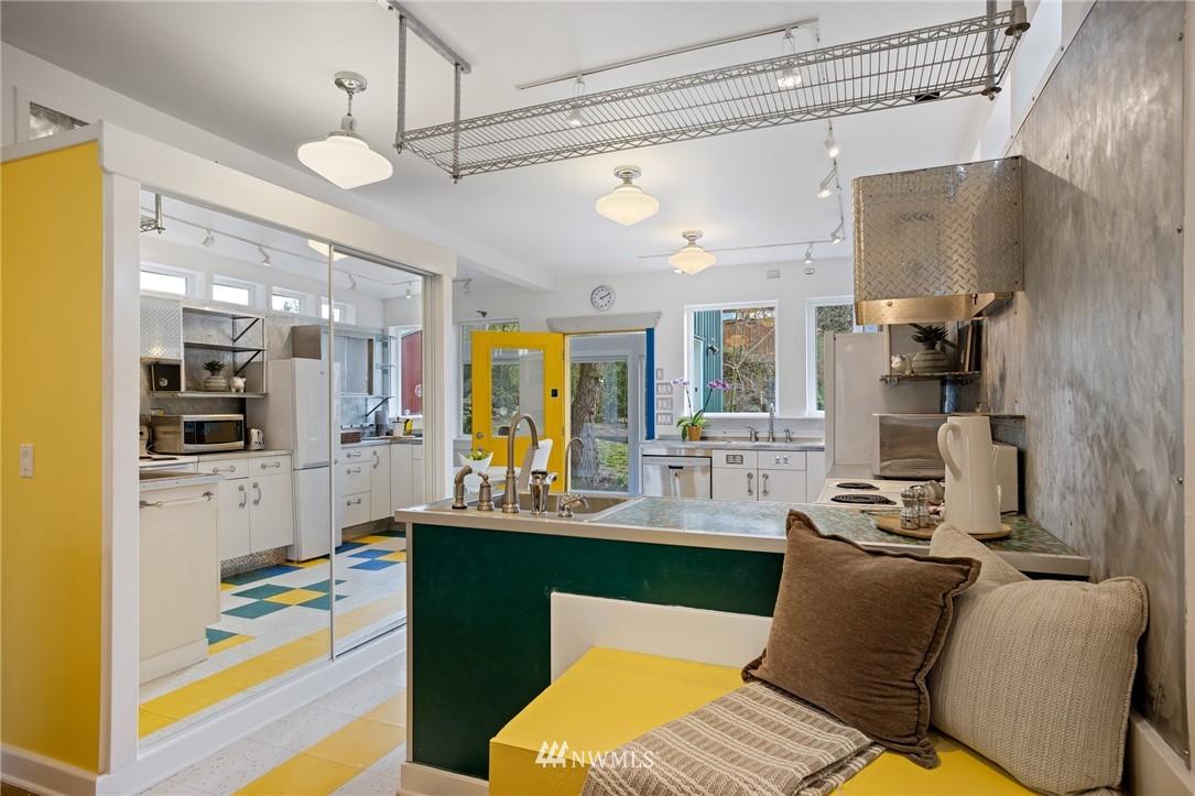 Sold Property   2133 N 63rd Street Seattle, WA 98103 9