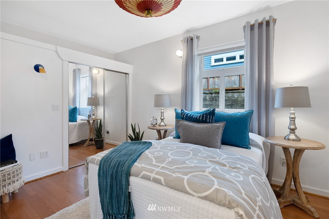 Sold Property   2133 N 63rd Street Seattle, WA 98103 17