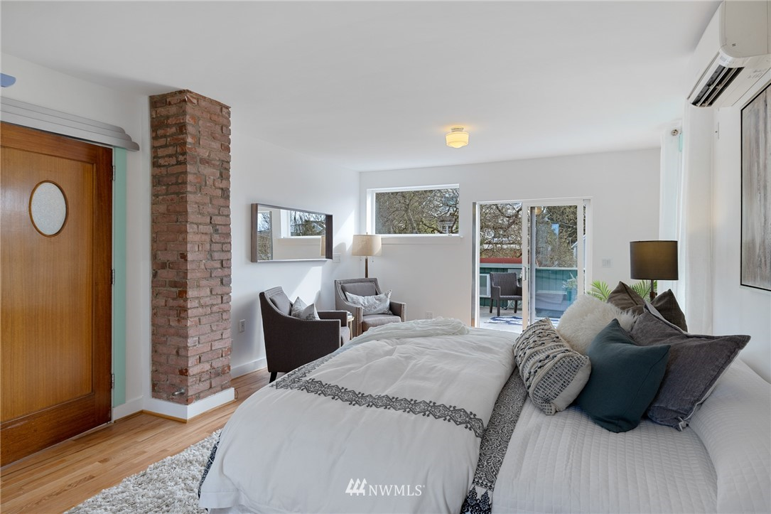 Sold Property   2133 N 63rd Street Seattle, WA 98103 21