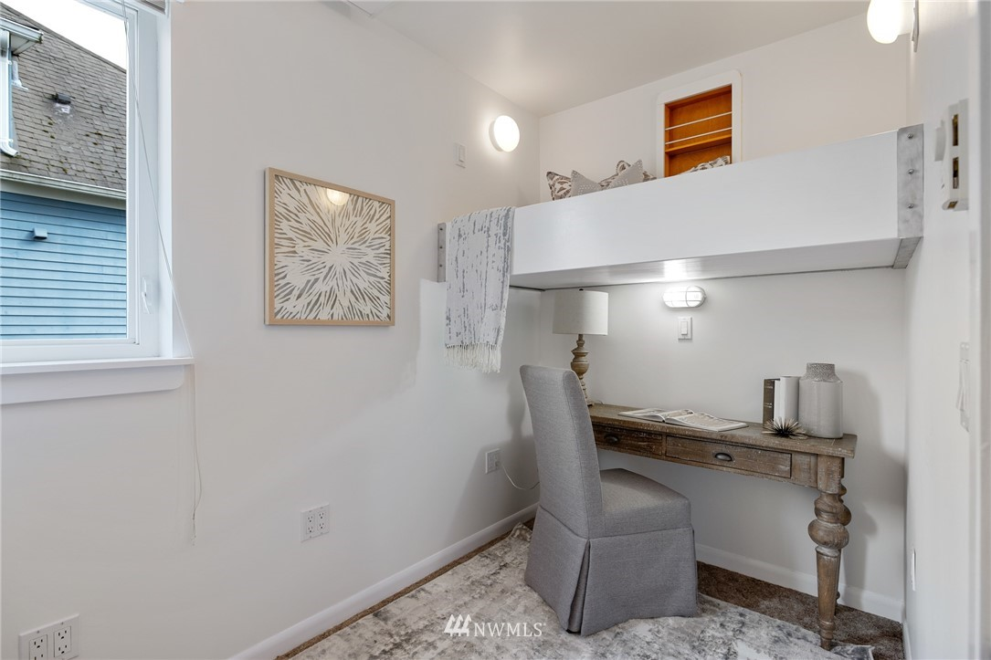 Sold Property   2133 N 63rd Street Seattle, WA 98103 22