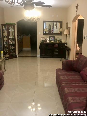 Homes for sale in San Antonio | 227 W HART AVE San Antonio, TX 78214 6