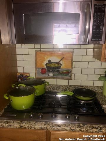 Homes for sale in San Antonio | 227 W HART AVE San Antonio, TX 78214 10