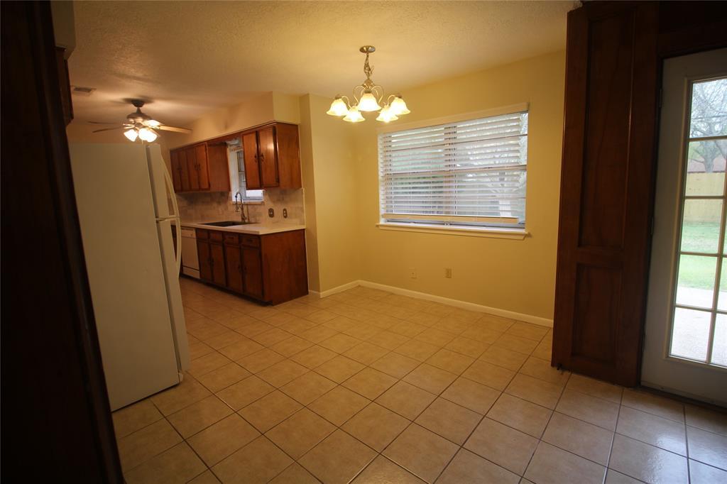 Active   3902 Allenbrook Drive Baytown, Texas 77521 18