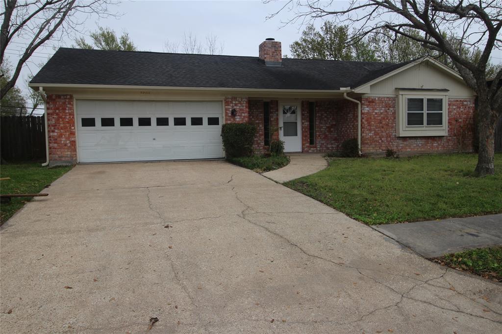 Active   3902 Allenbrook Drive Baytown, Texas 77521 1