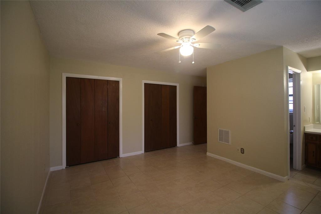 Active   3902 Allenbrook Drive Baytown, Texas 77521 19