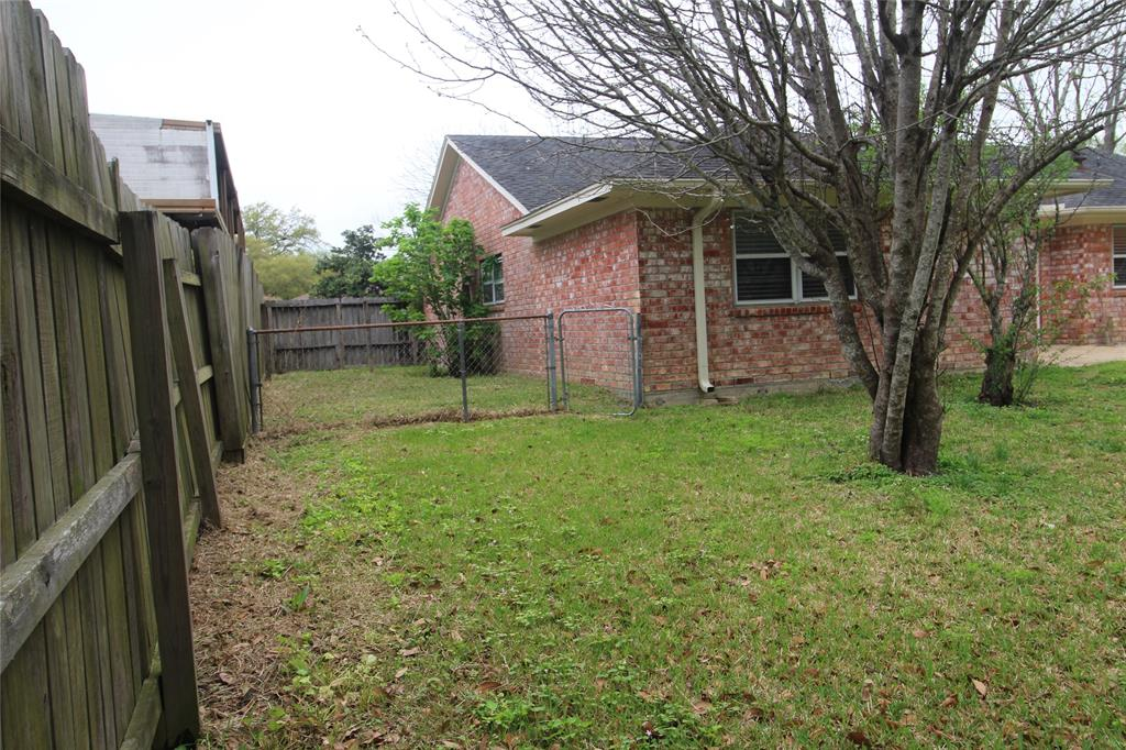 Active   3902 Allenbrook Drive Baytown, Texas 77521 26