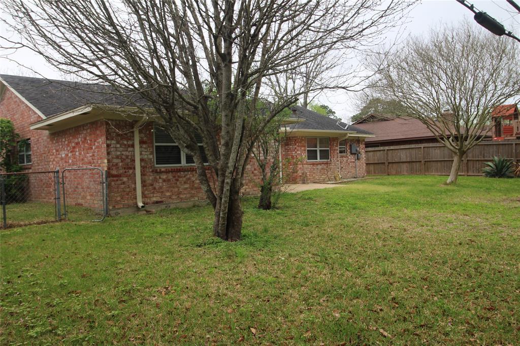 Active   3902 Allenbrook Drive Baytown, Texas 77521 29