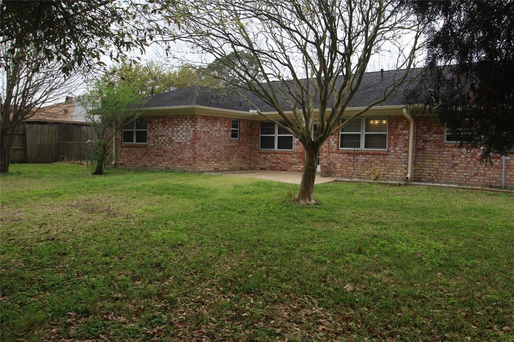 Active   3902 Allenbrook Drive Baytown, Texas 77521 30