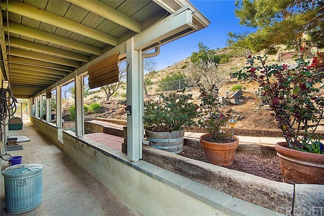 Active Under Contract   32023 42nd Street Acton, CA 93510 17