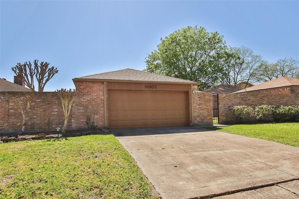 Off Market   16907 Amidon Drive Spring, Texas 77379 1