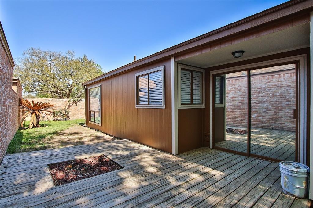 Off Market   16907 Amidon Drive Spring, Texas 77379 36