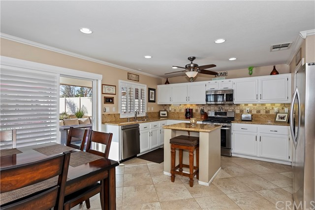 Closed   1371 Sunburst Drive Beaumont, CA 92223 16