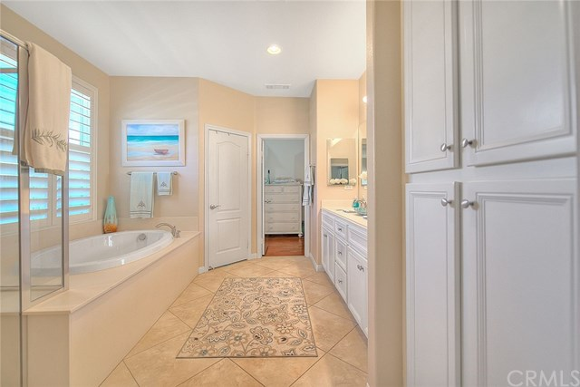 Active Under Contract   455 Yellowstone Park Beaumont, CA 92223 32