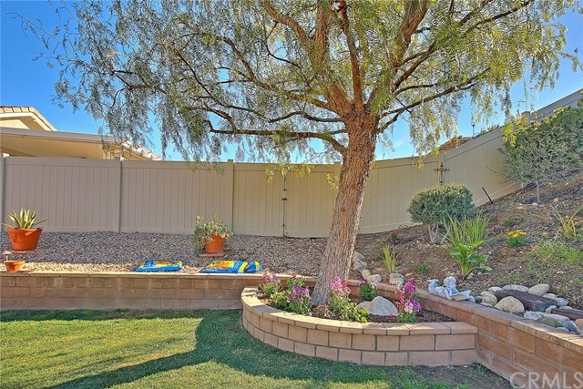 Active Under Contract   455 Yellowstone Park Beaumont, CA 92223 56