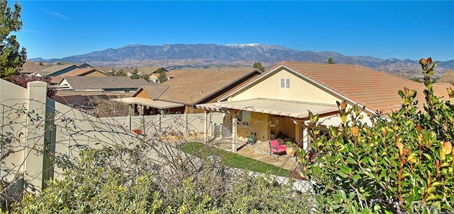Active Under Contract   455 Yellowstone Park Beaumont, CA 92223 64